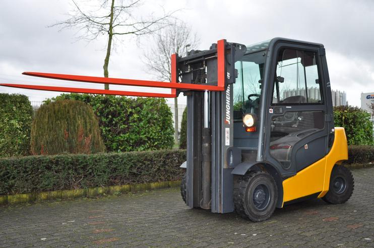 Dieselstapler Jungheinrich DFG 25 - Kabine - Triplexmast 4400