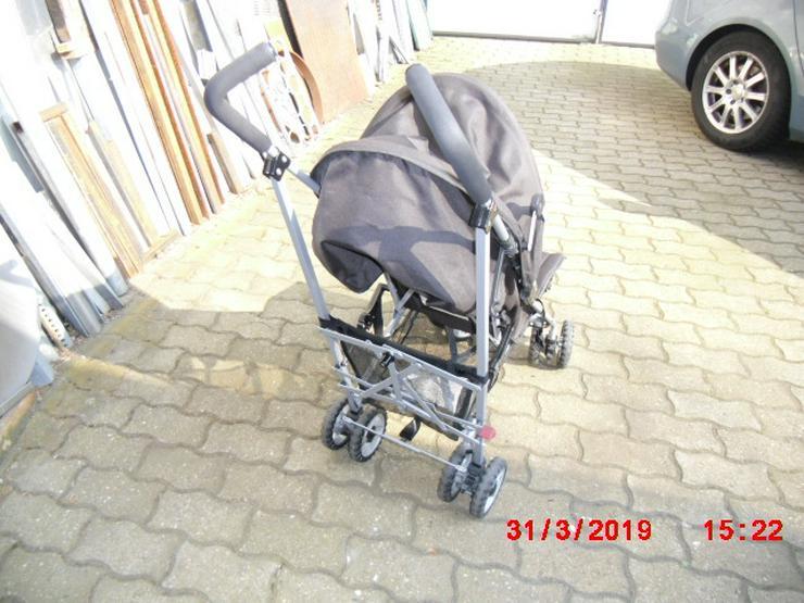 Bild 2: Kinderwagen