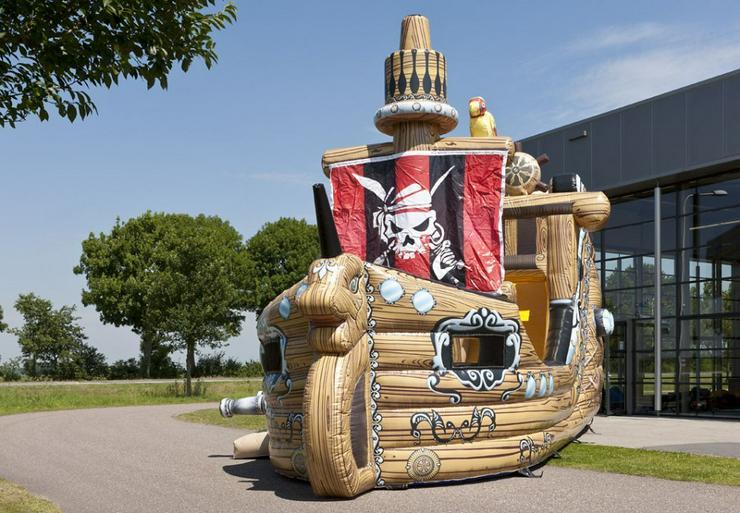 Hüpfburg Piratenschiff in Neumünster mieten - günstig - schnell - Party & Geburtstag