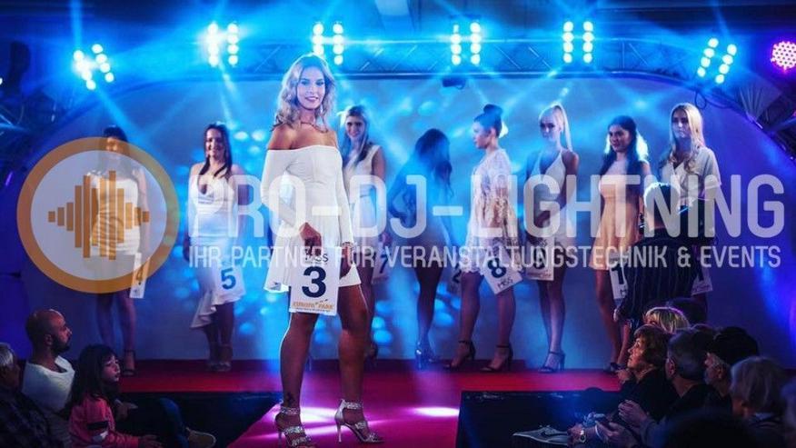 Spider 8-fach Beam Moving Head Lichteffekte mieten - Bühnenlicht, DJ Licht - Party, Events & Messen - Bild 1