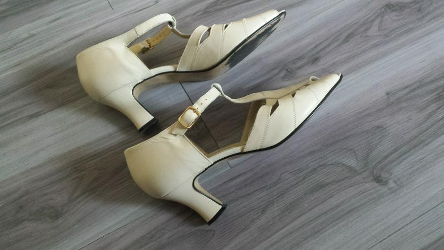Bild 2: Sandalette in hellem Creme Größe 7 G