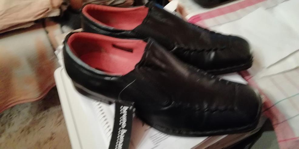 verkaufe meine Neuen schwarzen italienischen Slipper, Größe : 42 Preis : 40,00€ - Größe 42 - Bild 1