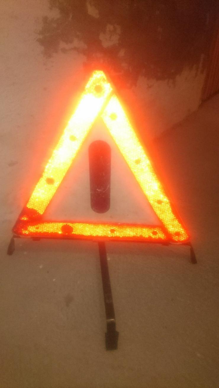 Warndreieck Pannendreieck Kfz Auto Dreieck Panne rot weiß schwarz