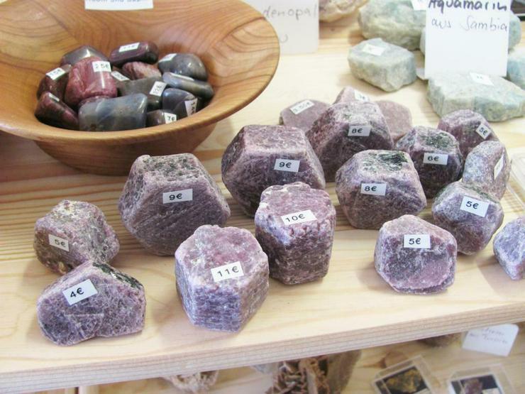 Echte Rubine bei Aura-Mineralien in Bremerhaven