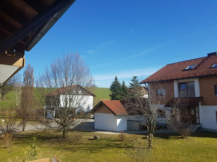 Sonnige schöne 3 Zi Wohnung (78 qm) im 1. OG in Durach-Bechen