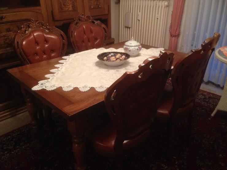 Tisch mit 4 Stühlen  - Stühle, Bänke & Sitzmöbel - Bild 1