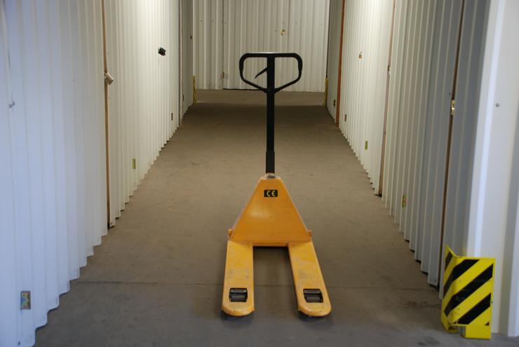 Lagerraum, Lagerplatz, Aktenlager, Lager, Lagerfläche, Lagerboxen, Kellerraum zu vermieten - Agenturen, Personal & Dienstleistungen - Bild 3