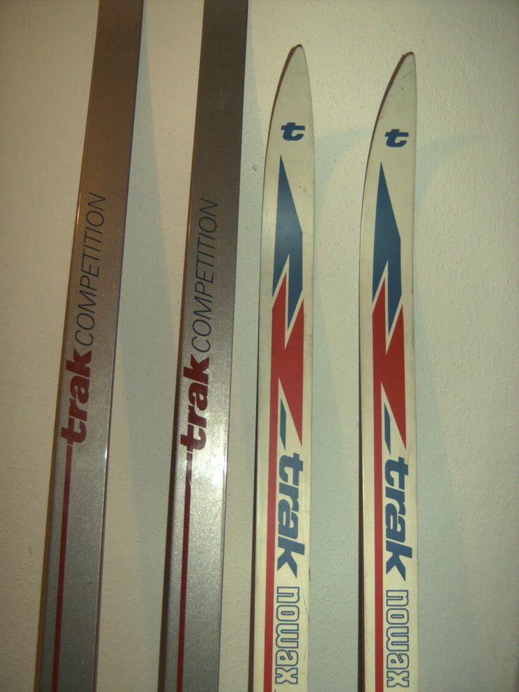 Bild 5: 2 Paar Langlaufski 190cm und 210 cm, nowax (Schuppen), + 1 Kunststoffrodel Schneegleiter,