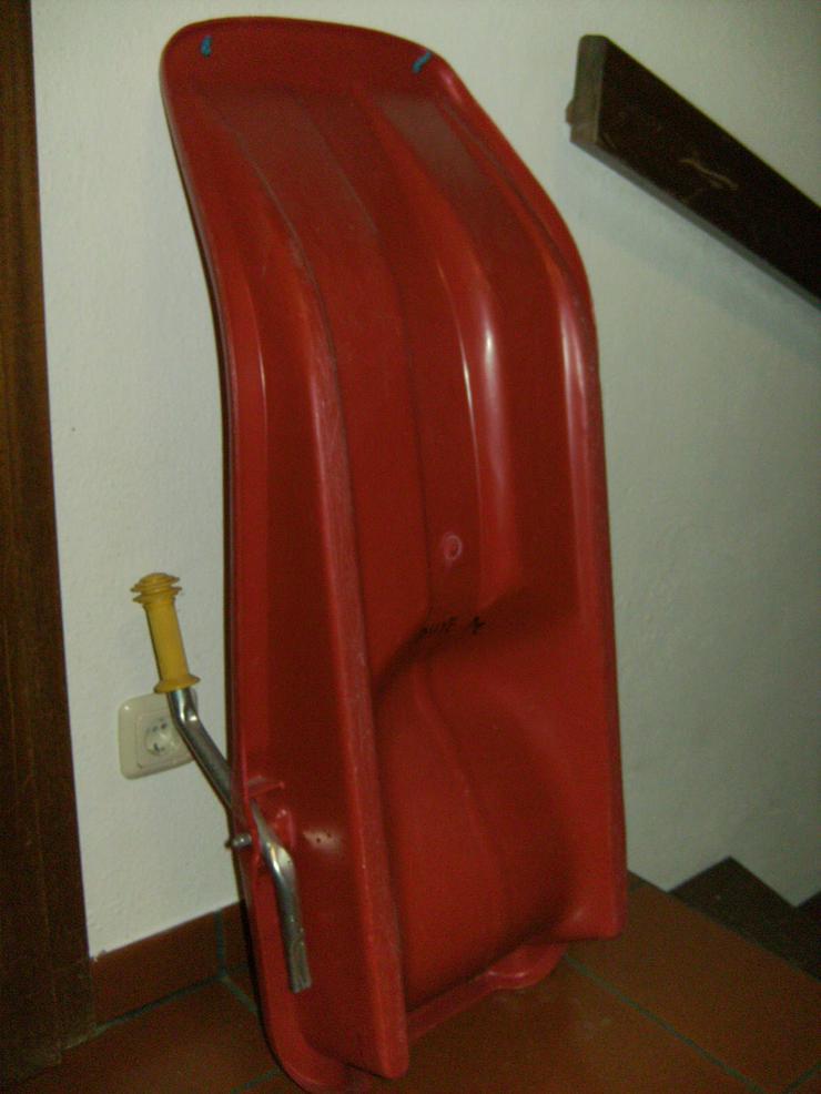 Bild 3: 2 Paar Langlaufski 190cm und 210 cm, nowax (Schuppen), + 1 Kunststoffrodel Schneegleiter,