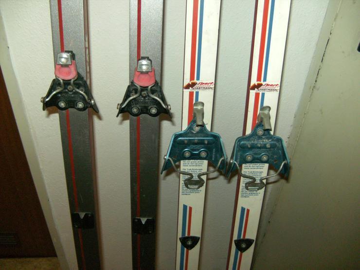 Bild 6: 2 Paar Langlaufski 190cm und 210 cm, nowax (Schuppen), + 1 Kunststoffrodel Schneegleiter,