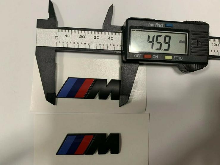 2 Stück BMW M Emblem Logo 45x15mm Kotflügel Selbstkleben 3D klebe Schwarz Matt