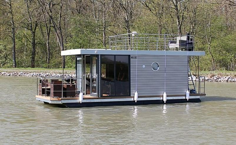 Bild 2: Schickes und modernes Hausboot