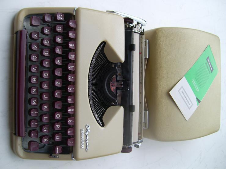 Schreibmaschine Olympia Splendid 99