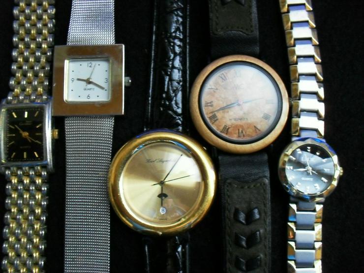 Bild 2: Uhren Konvolut