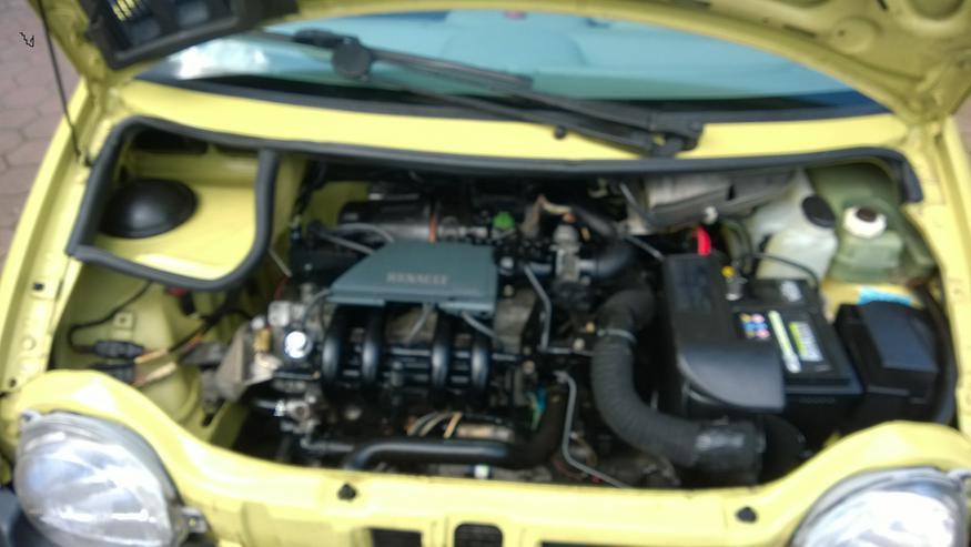 Bild 2: Renault Twingo C 06