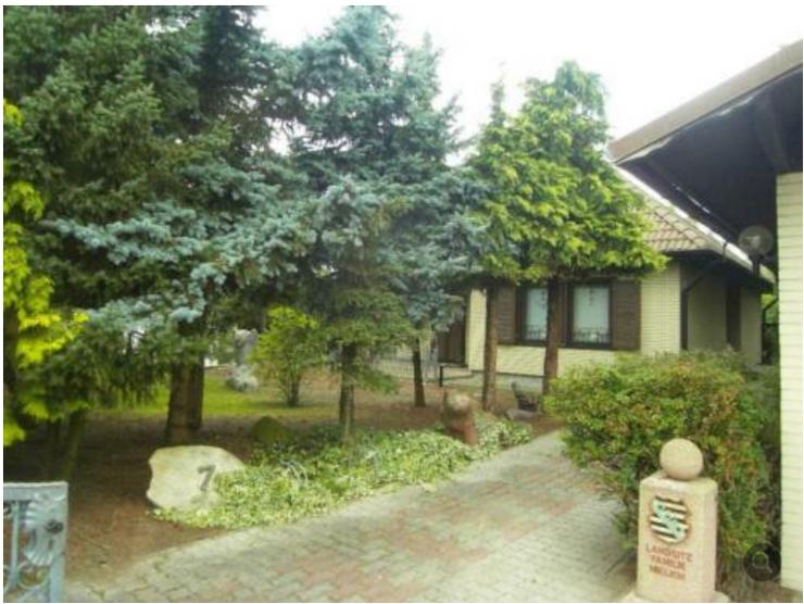 Einfamilienhaus (Bungalow) m.sep. Gästehaus zu verkaufen ohne Makler