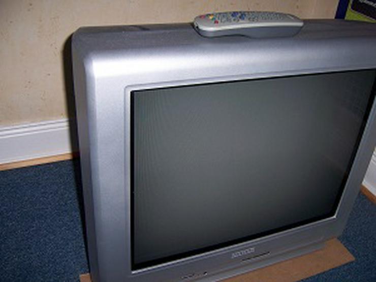 Farbfernseher - 25 bis 45 Zoll - Bild 1