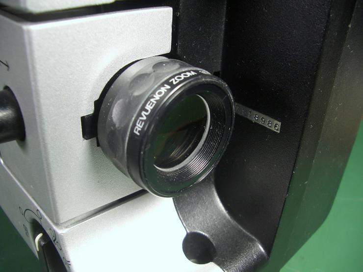 Bild 7: Revuelux 10 Super 8 Filmprojektor mit Standbild