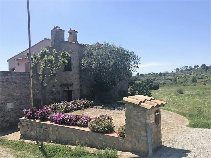 Wunderschönes Landhaus mit Garten und Pool - Haus kaufen - Bild 1