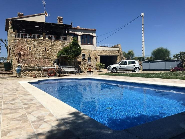 Bild 2: Wunderschönes Landhaus mit Garten und Pool