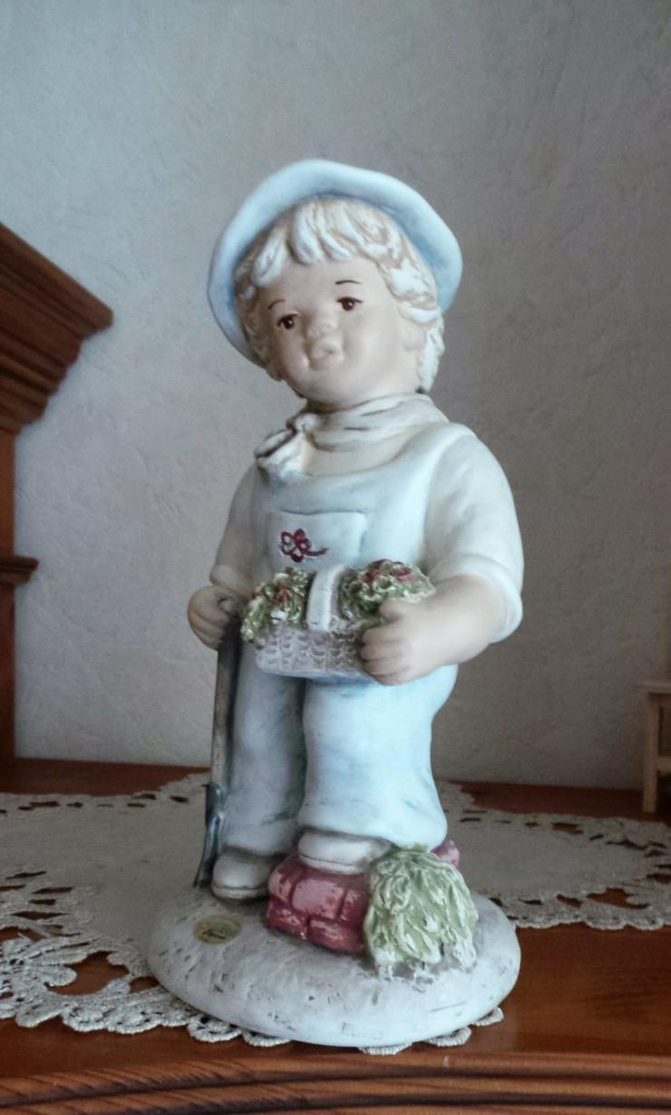 Bild 3: Originale Alice Figuren