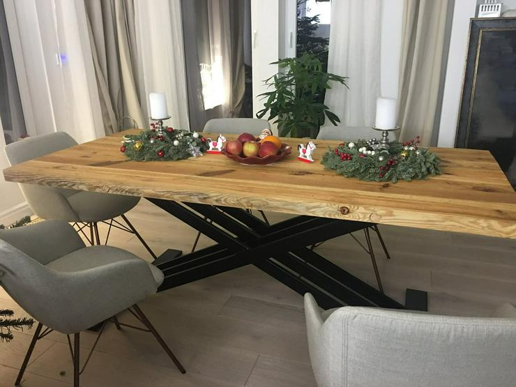 Bild 3: Tische aus Althoz, die ideal zum jeden Einrichtungsstil passen - Alldeco