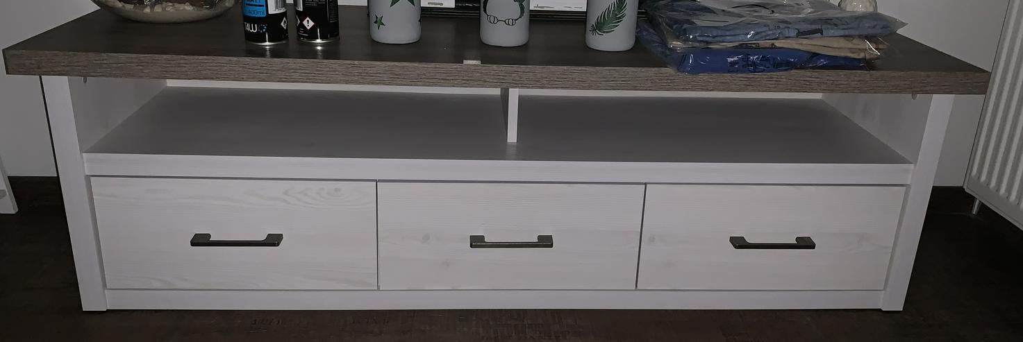 Lowboard Pinie-Nachbildung weiß / Trüffelfarbig