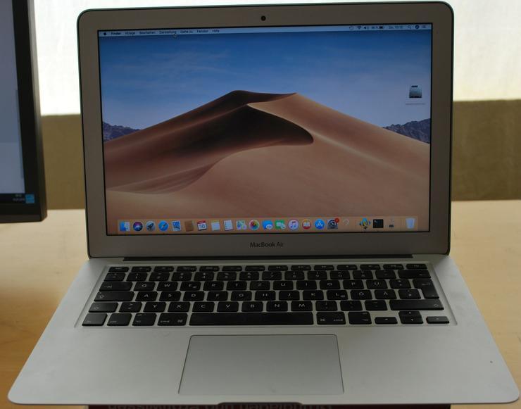 """Apple MacBook Air 13,3"""" i7 2,2 GHz 77 Ladezyklen kaum genutzt"""