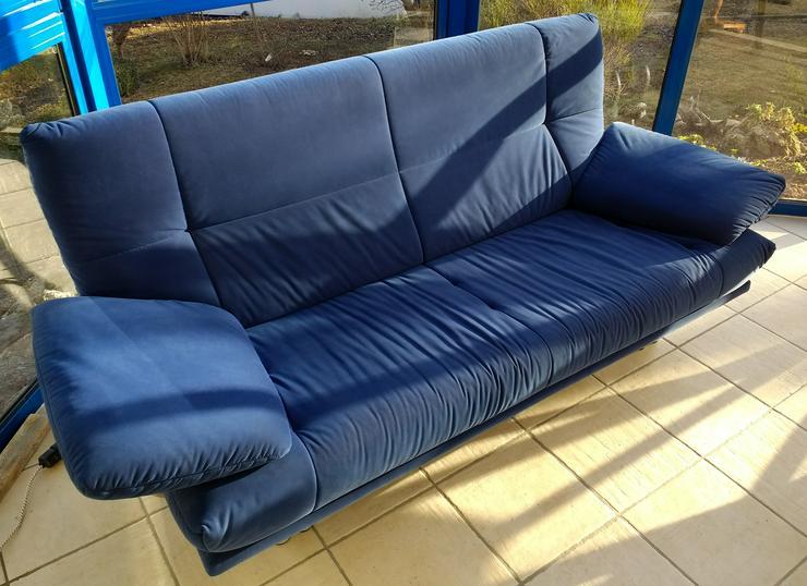 blaues Sofa und blauer Hocker zu verkaufen