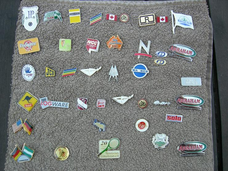Bild 4: Pins / Anstecknadeln zu tauschen oder günstig zu verkaufen