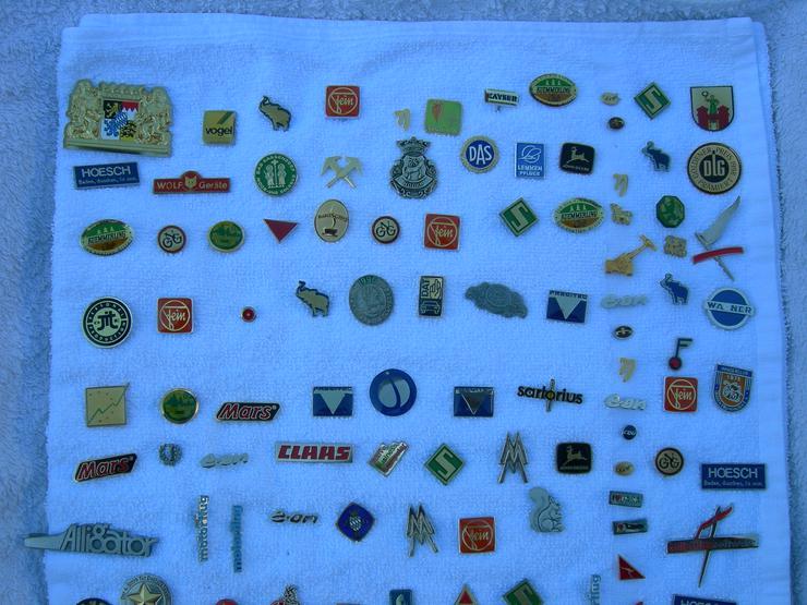 Bild 3: Pins / Anstecknadeln zu tauschen oder günstig zu verkaufen