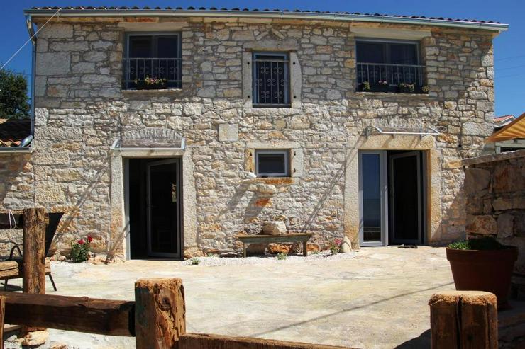 Bild 2: Traumhaftes Ferienhaus mit Wahnsinns-Meerblick bei Porec Istrien Kroatien