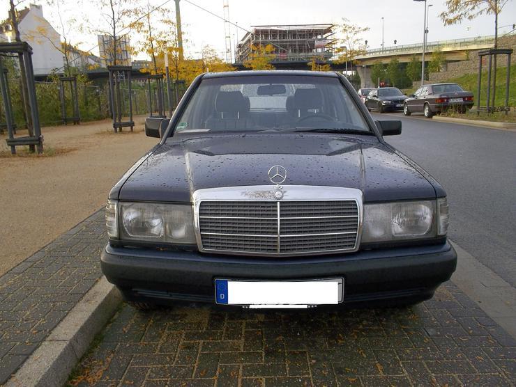 Bild 2: Mercedes - Benz 190 E   W201