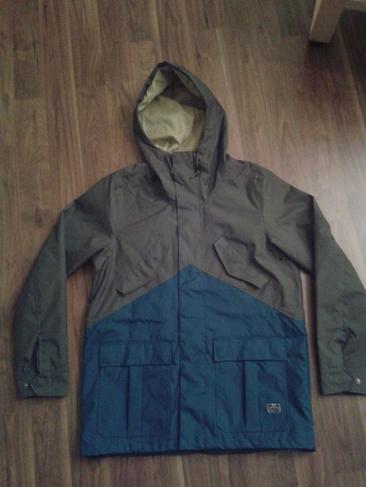 Nike Snowboard / Winter Jacke - Gr. L - 1x getragen