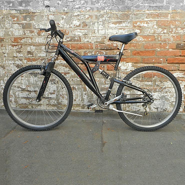 Fahrrad Mountainbike Fully, schwarz, nicht schön, dafür durchgecheckt und gewartet