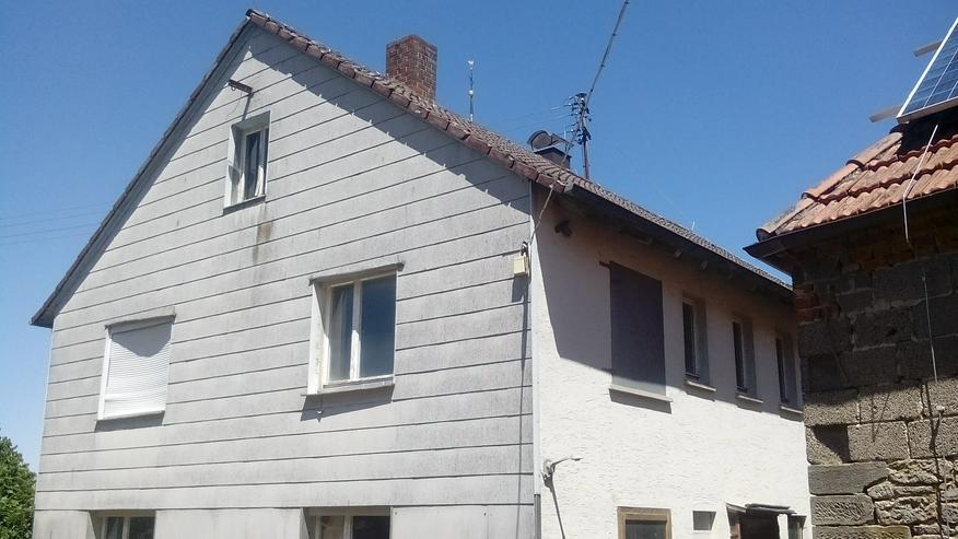 2-Familienhaus...Stall..Scheune..und...und...und !