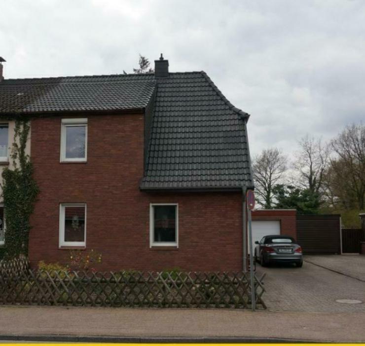 Gepflegte Doppelhaushälfte in Varel  - Haus kaufen - Bild 1