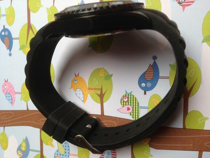 Bild 4: Quarz Armbanduhr