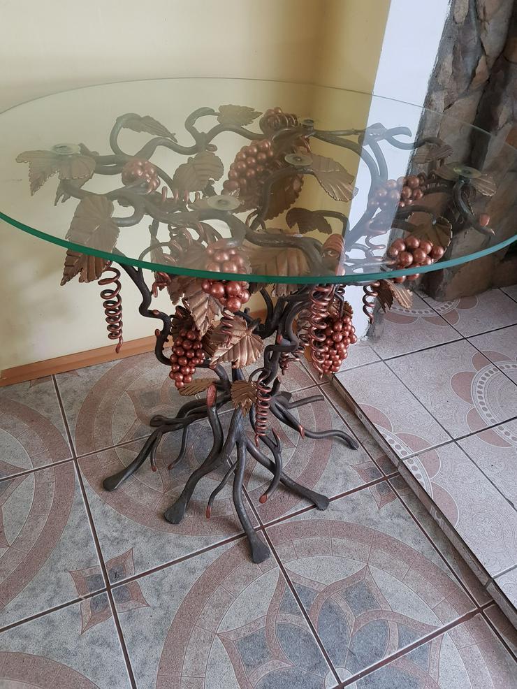 ein schmiedeeiserner Tisch , Traube, künstlerische Metallarbeiten - Barhocker & Bartische - Bild 1