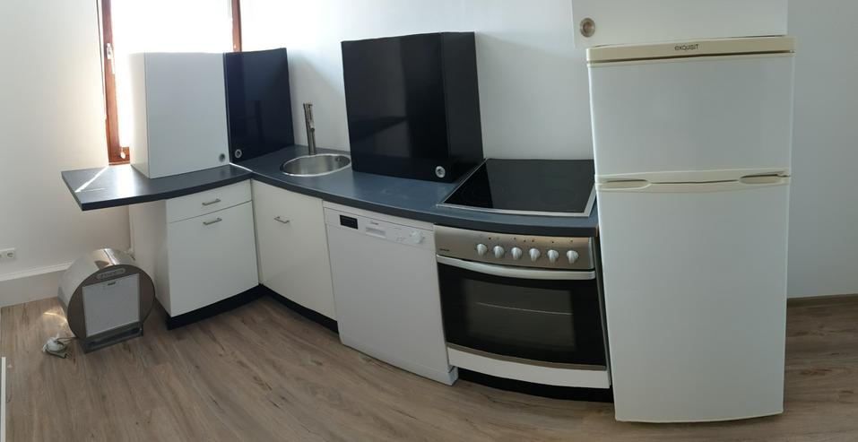 Küche Mit E Geräten Hochglanz Weiß Schwarz In Düren