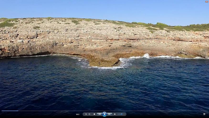 spektakuläres Grundstück DIREKT am Meer.