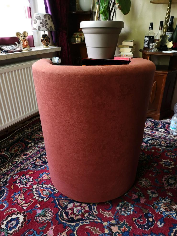 Bild 2: 2  gepolsterte Clubsessel Farbe rostbaraun, fast neuwertig