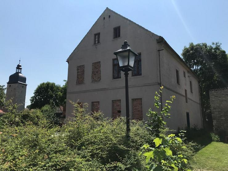 Bild 3: Zu renovieren Mehr-Failienhaus