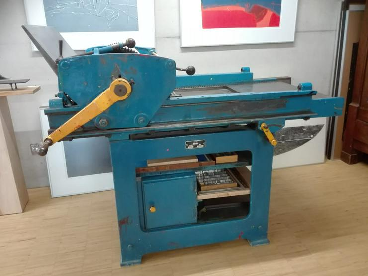 Historische, funktionsfähige Druckerpresse von 1939