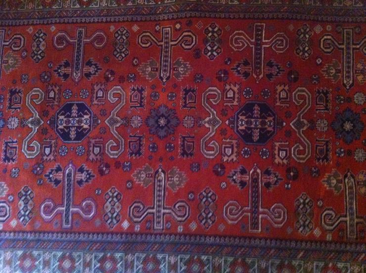 Bild 2: Orientteppiche aus Ursprungsländern