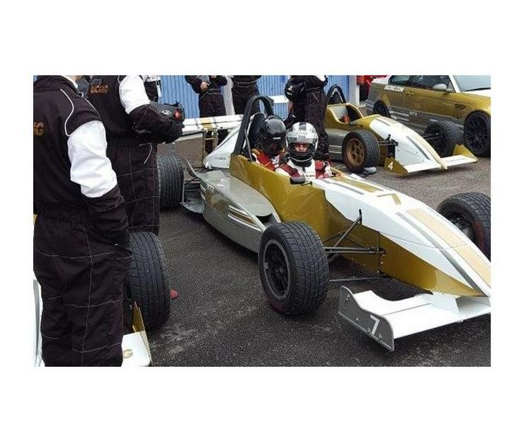 Formel Renntaxi fahren Sachsenring - Geschenke & Erlebnisse - Bild 1