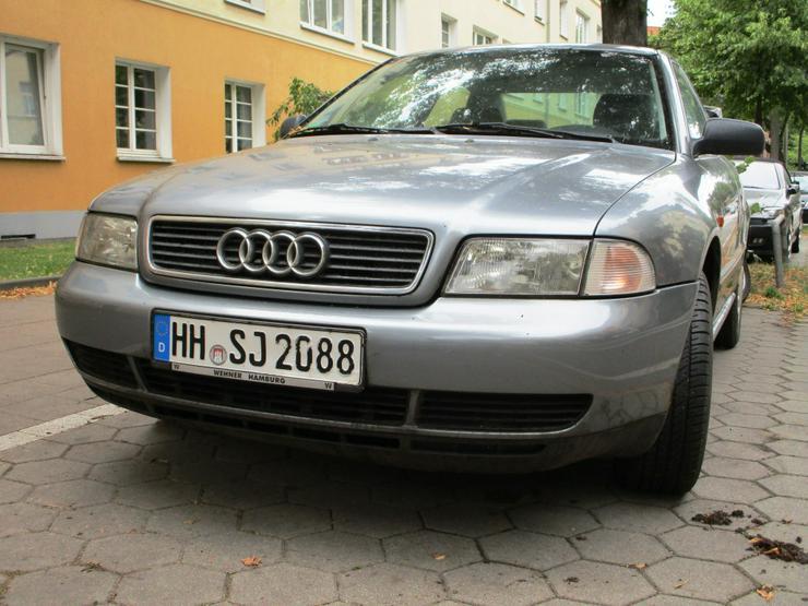 Bild 2: Audi A4, Bj. 96, 1,6L,146.000 Km original, Limousine, Scheckheft