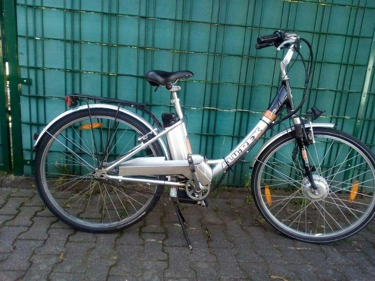 E-Bike ( Allu – Rex ) 28 zoll,3Gang , 24 Volt Akku , Leistung crk 45 km .