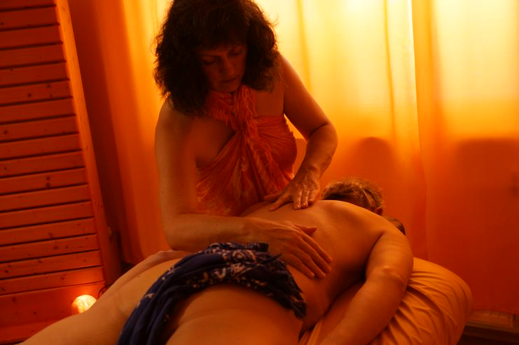 Lomi Lomi Massagen bei Wellness & Passion in Weil der Stadt-Merklingen