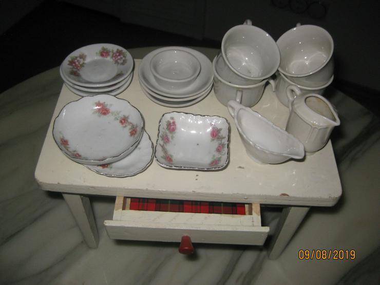 Puppenküchenschrank aus den 50er